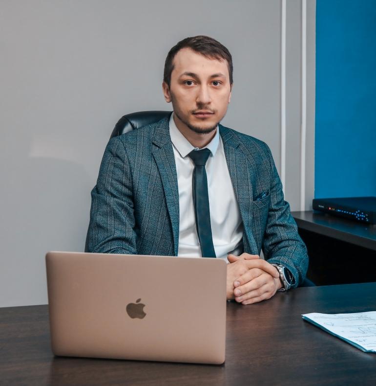 Ахмадов Шамиль Русланович